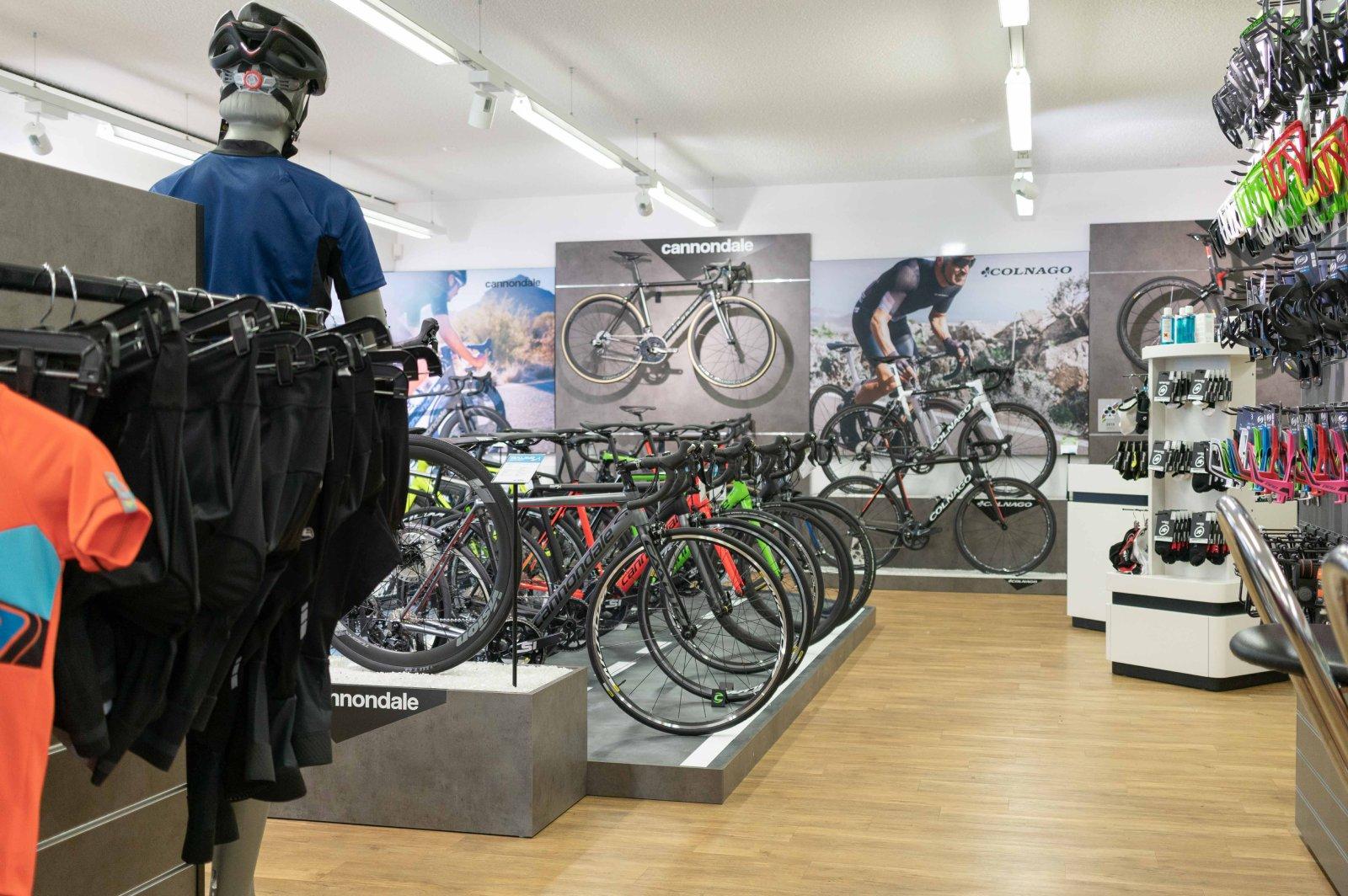 Rennvelo Ausstellung Bauer Sport